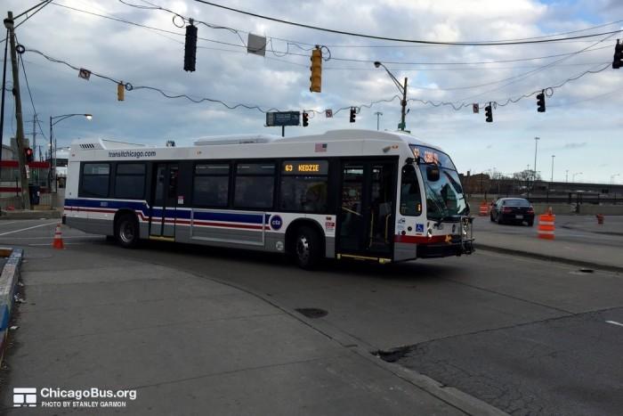 2014 Nova LFS Smart Bus.jpg