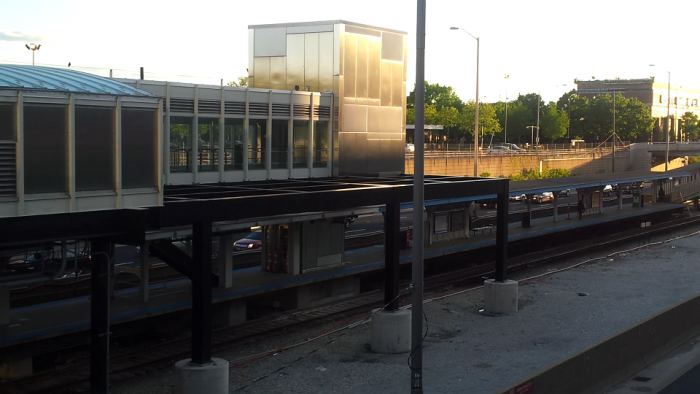 halsted blue line peoria entrance 5-15-16.PNG