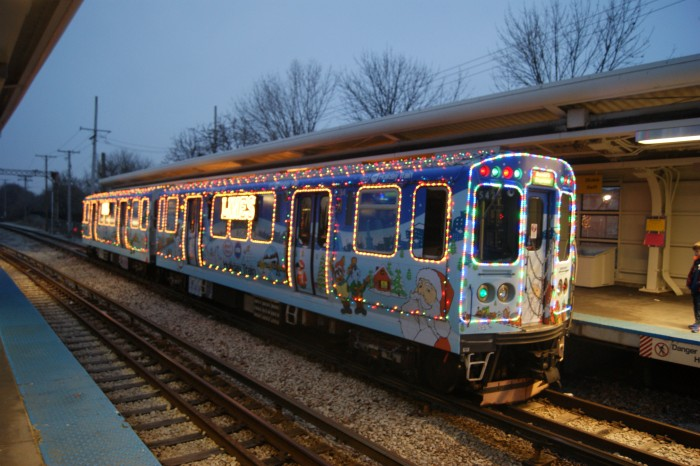 CTA_HOLIDAY_TRAIN_CARS_2893-2894_AT_SKOKIE_TERMINAL_(2).JPG