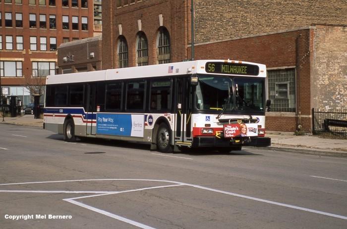 2006 New Flyer D40LF.jpg